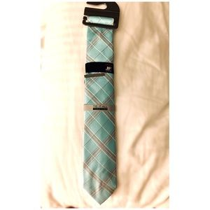 J. Ferrar Mint & Gray Narrow Tie New With Tags